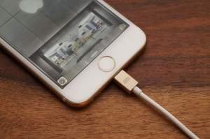 Smarte Lightning-USB-Ladekabel für das iPhone